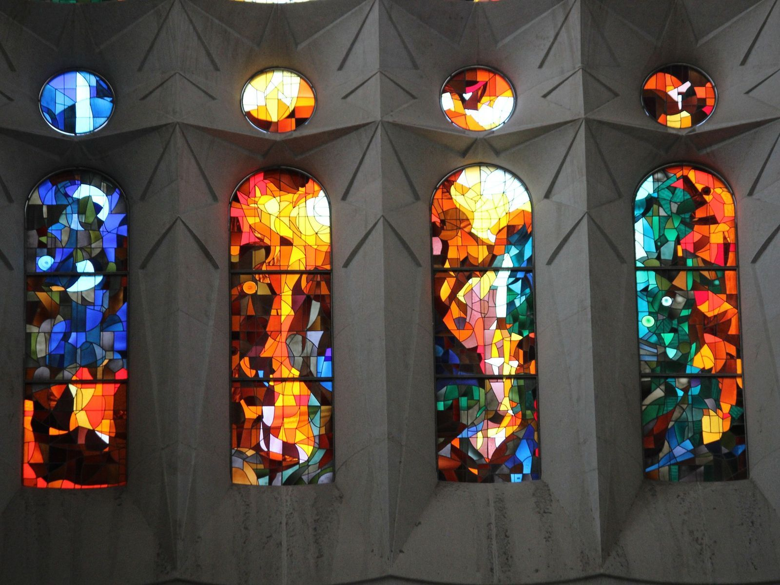 Sagrada Família stained glass windows, Virtual Tour of Gaudi's Barcelona